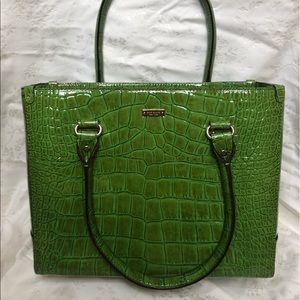 NWT Kate Spade Quinn leather tote (moss green)